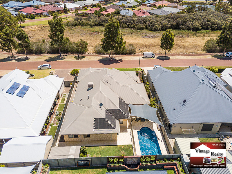 13 burgess drive byford wa 6122 house for sale for Highbury swimming pool timetable