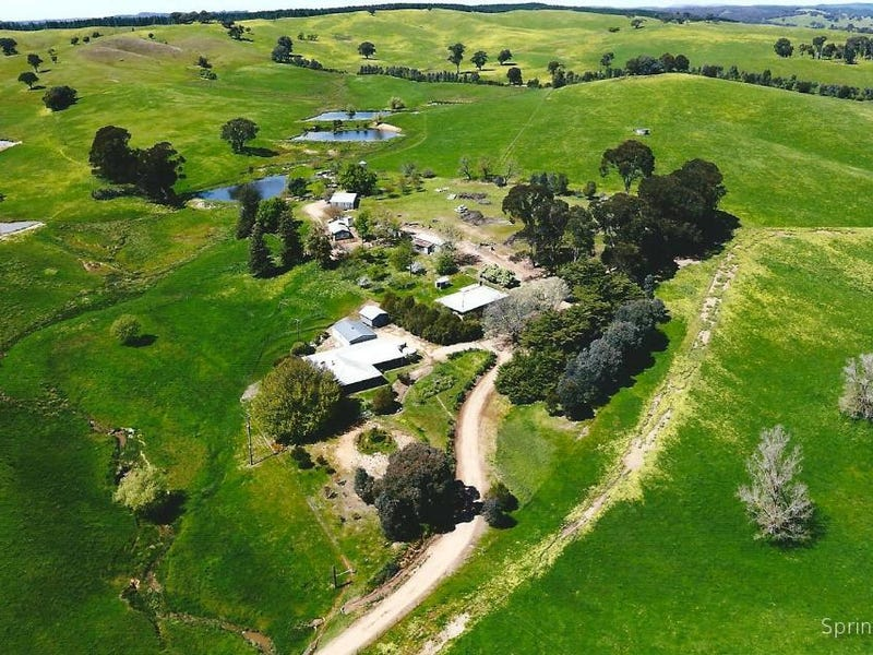 28 Bob's Creek Rd, Carabost, NSW 2650