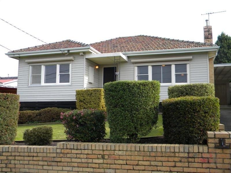 32 Barbara Avenue, Dandenong North, Vic 3175