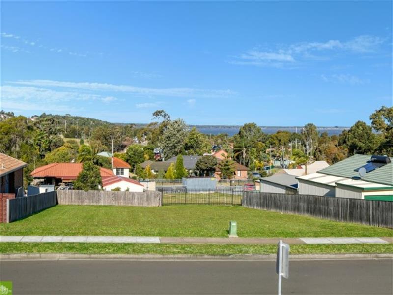 73 Nannawilli St, Berkeley, NSW 2506