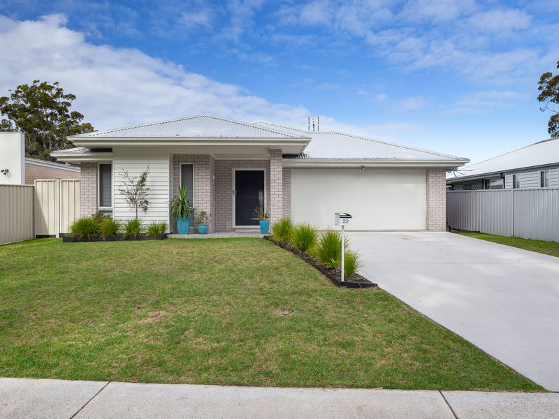 23 MARTIN PLACE, Broulee, NSW 2537