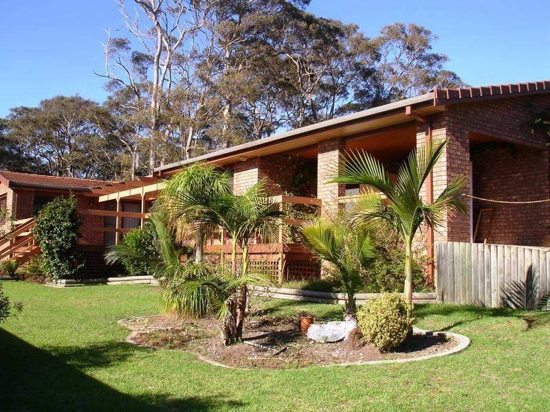 8 Woods Place, North Narooma, NSW 2546