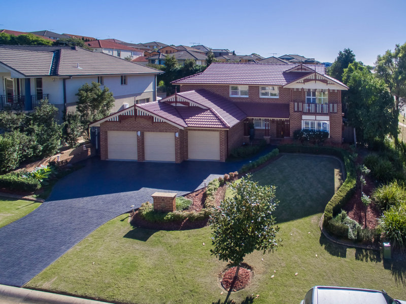 18 Governors Way, Macquarie Links, NSW 2565