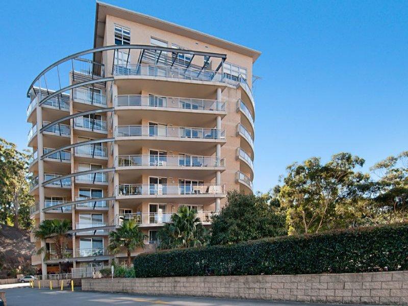 371/80 John Whiteway Drive, Gosford, NSW 2250