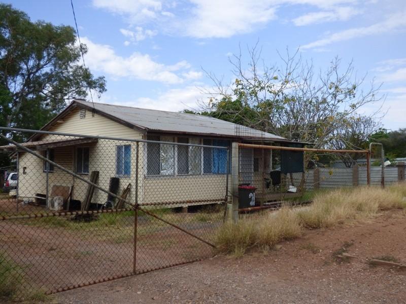 21 Hilary Street, Mount Isa, Qld 4825