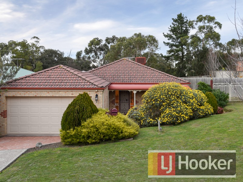49 Portchester Boulevard, Beaconsfield, Vic 3807