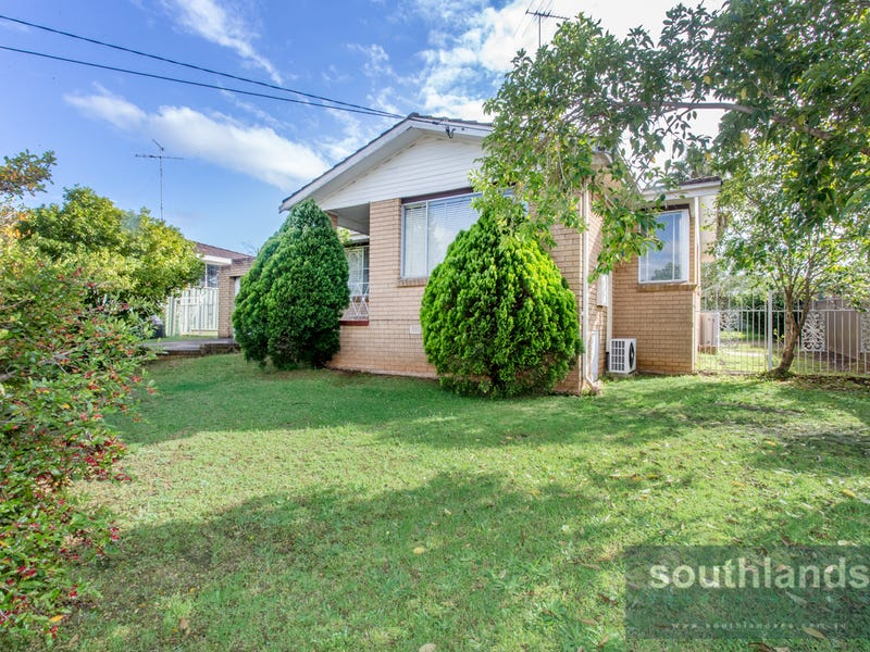 32 Gladswood Avenue, South Penrith, NSW 2750