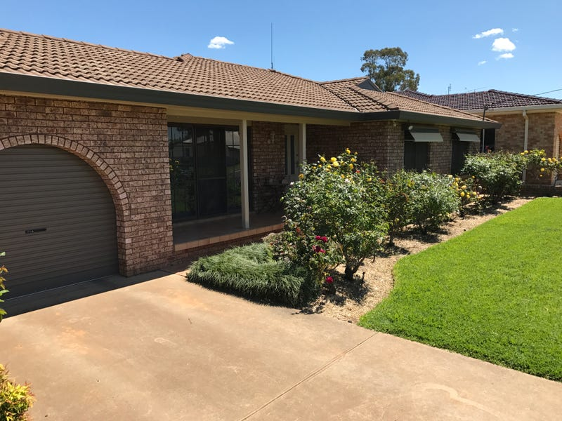200 Farnell St, Forbes, NSW 2871