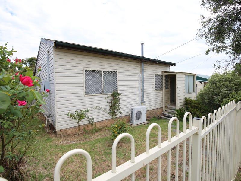 6 BUNA STREET, Orange, NSW 2800