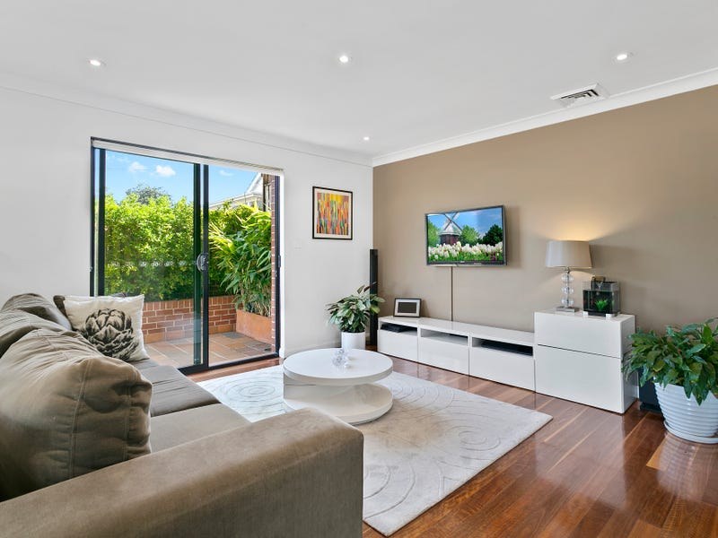 1/302 Alison Road, Coogee