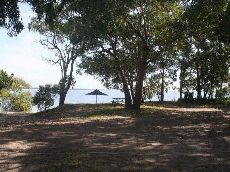 81 Kooringal Esplanade, Moreton Island, Qld 4025