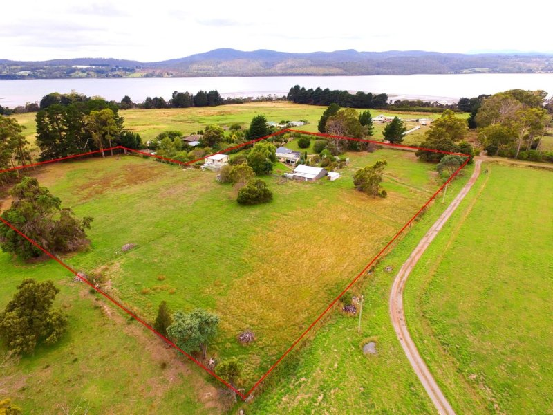 45 Calverts Lane, Gravelly Beach, Tas 7276