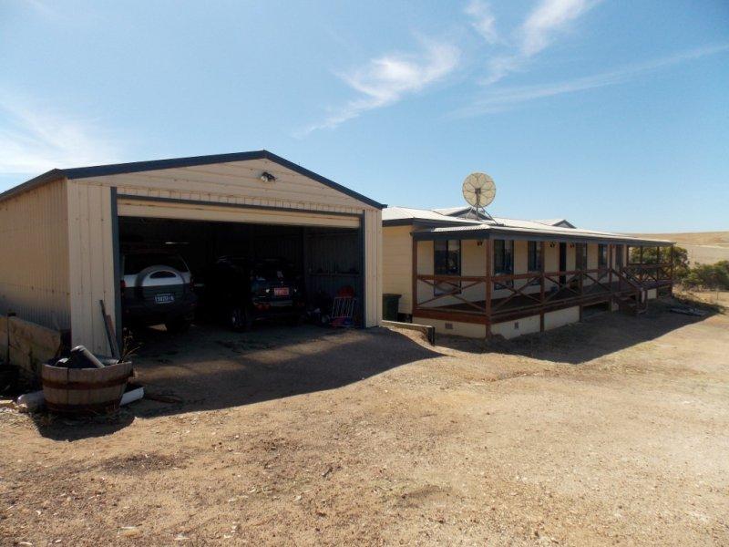 745 White Flat Road, Whites Flat, SA 5607