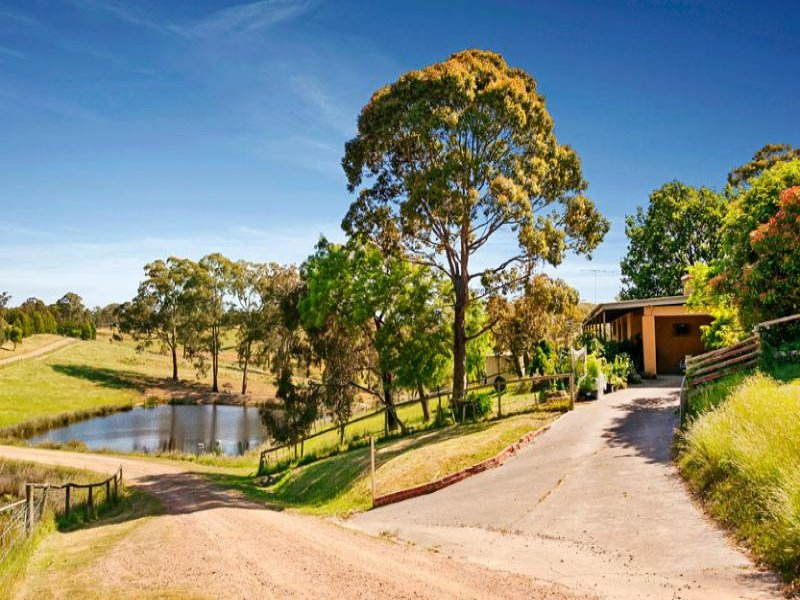 215 Hildebrand Road, Cottles Bridge, Vic 3099
