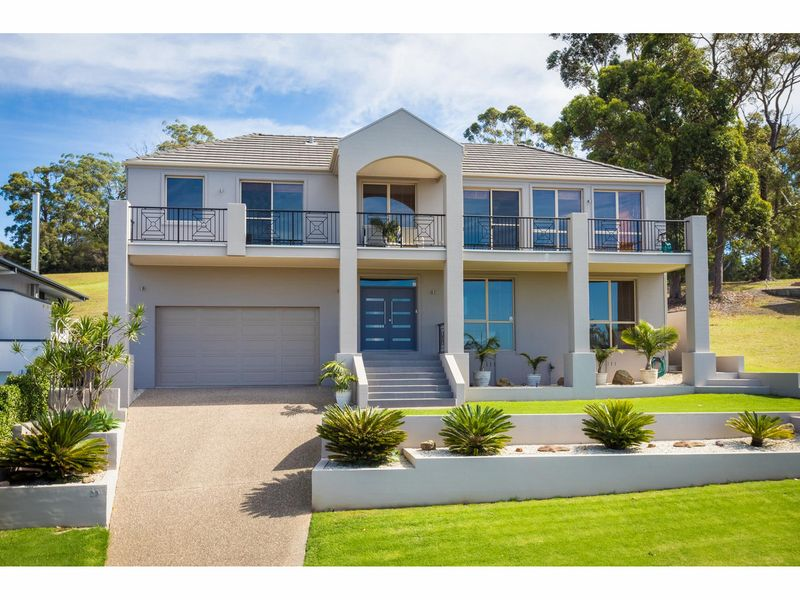 25 The Peninsula, Tura Beach, NSW 2548