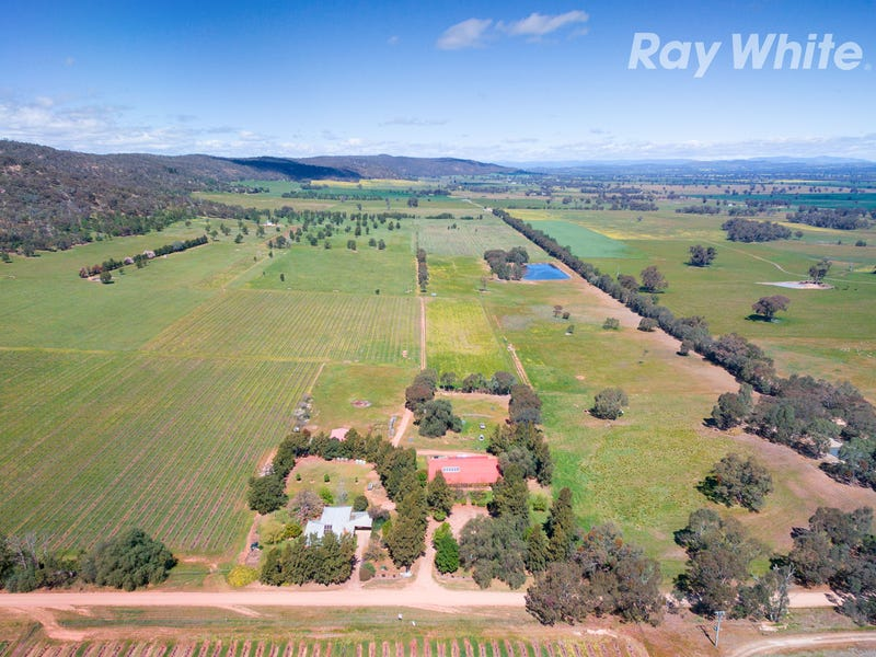 296 Booth Rd, Taminick, Vic 3675