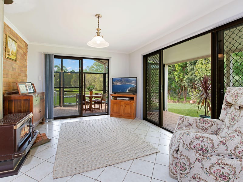 68 Mountain View Road, Maleny, Qld 4552
