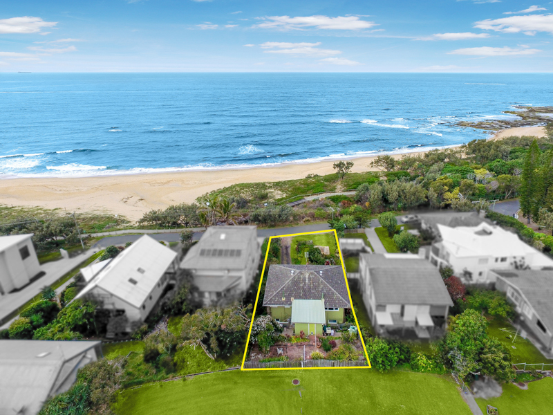 14 Victoria Terrace, Shelly Beach, Qld 4551