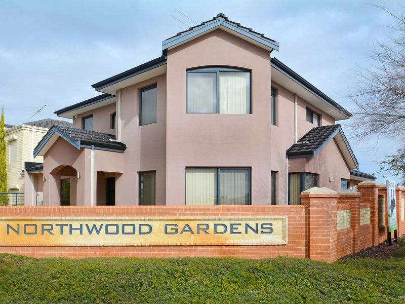 2 Saddler Circle, Mirrabooka