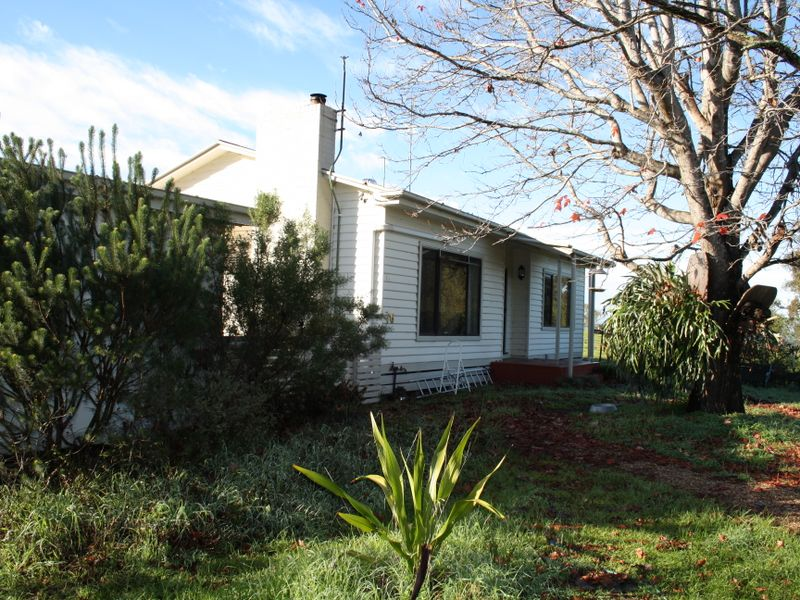 76 Brooks Road, Bruthen, Vic 3885