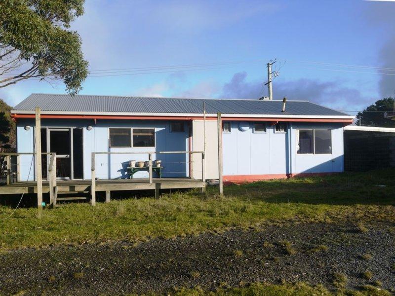 3 Currie Road, Currie, Tas 7256