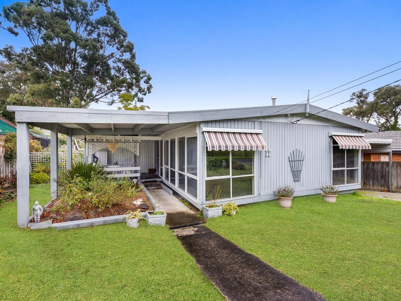 17 Queenstown Road, Boronia, Vic 3155