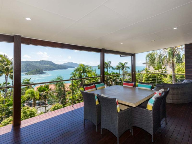 Whit Views 3/10 Whitsunday Boulevard, Hamilton Island, Qld 4803
