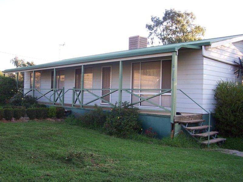 4 Orton St, Canowindra, NSW 2804