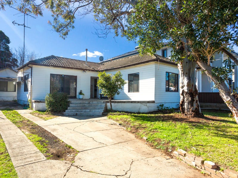 18 Winifred Street, Condell Park, NSW 2200