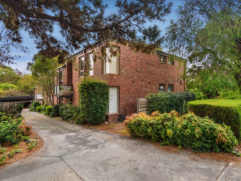 2/3 Rotherwood Road, Ivanhoe East, Vic 3079