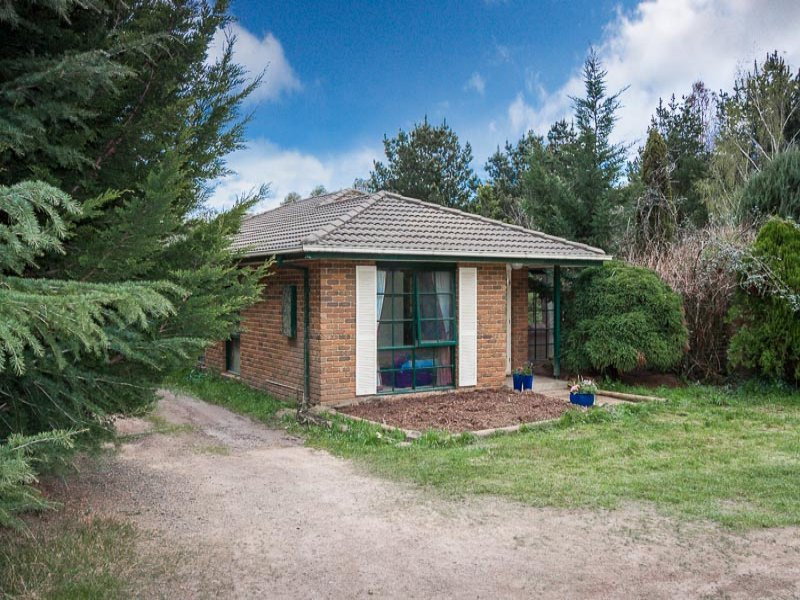 63 Hastings Drive, New Gisborne, Vic 3438