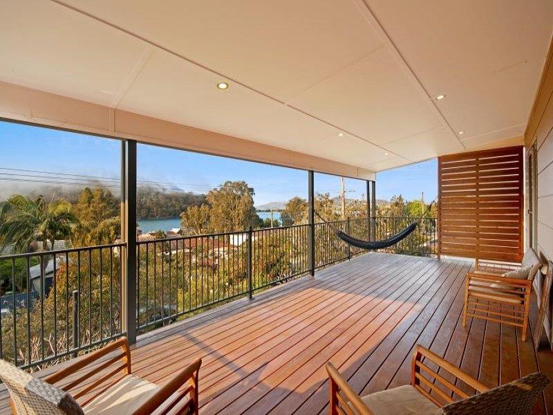 16 Taylor St, Woy Woy Bay, NSW 2256