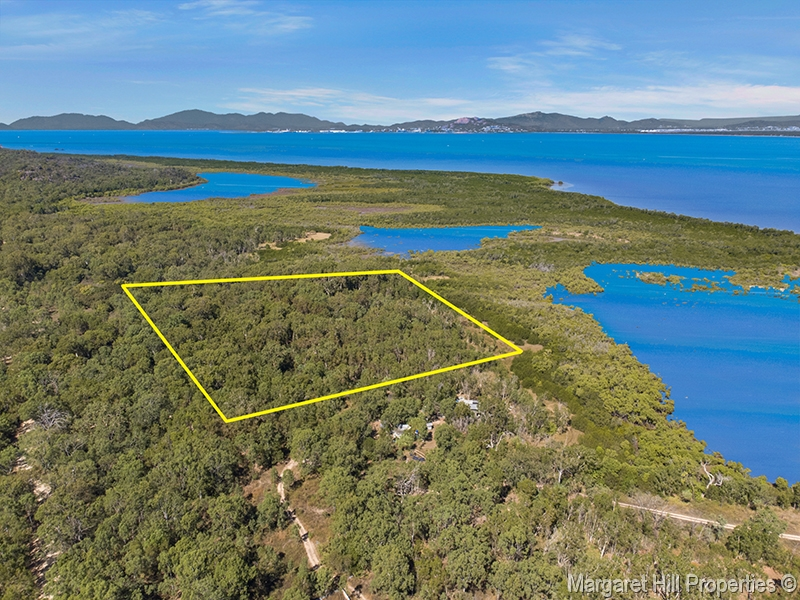 489 West Point Road, West Point, Qld 4819