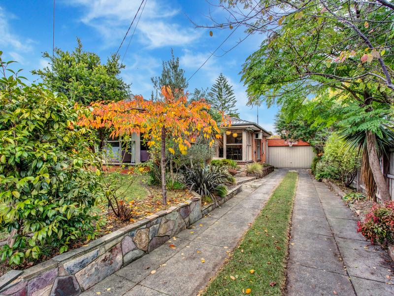 34 Husband Road, Forest Hill, Vic 3131