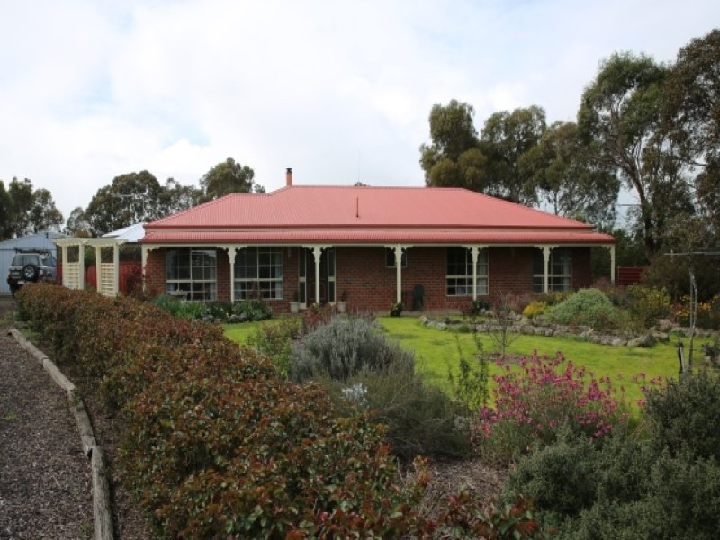 34 West Boundary Rd, Skipton, Vic 3361