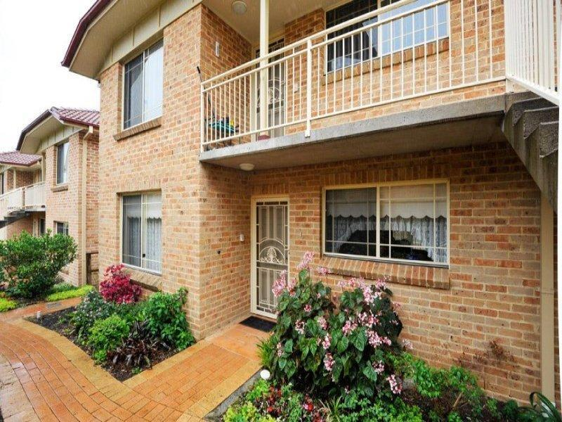 21/3 Stonelea Court, Dural, NSW 2158