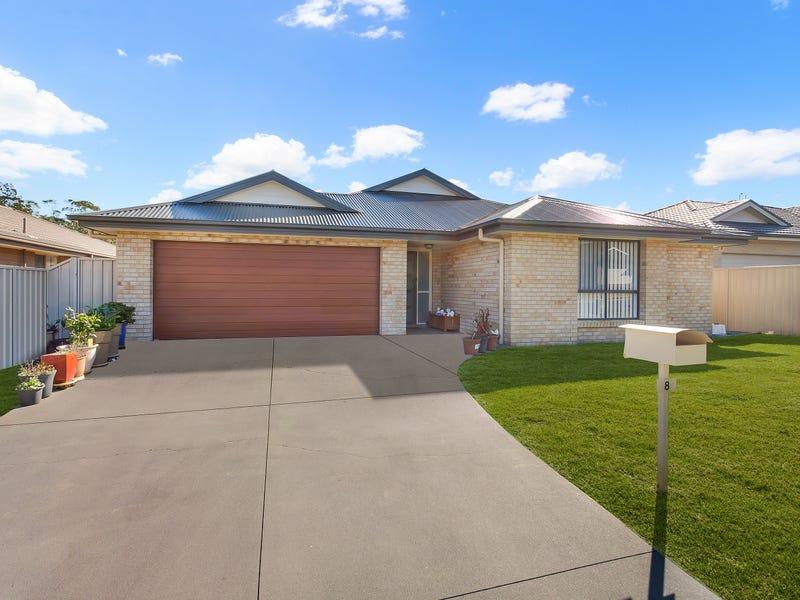 8 Kelowna Avenue, Morisset, NSW 2264