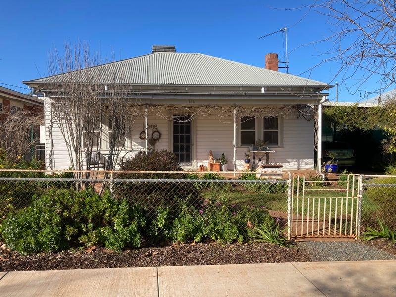 136 Polaris Street, Temora, NSW 2666