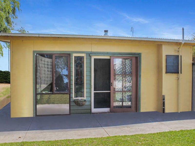 86 McLoughlins Road, McLoughlins Beach, Vic 3874