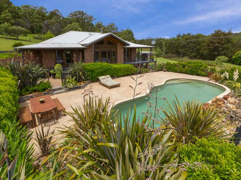 21 McBride Close, Malua Bay, NSW 2536
