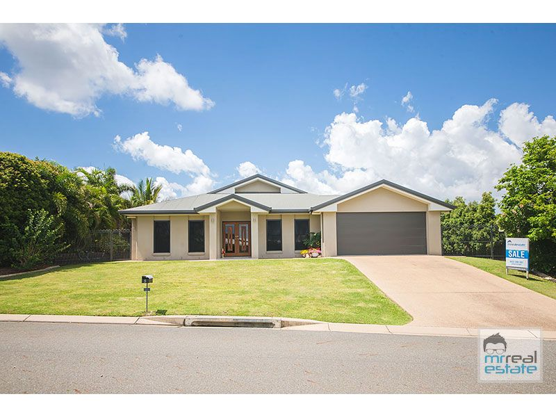 5 Walnut Avenue, Norman Gardens, Qld 4701