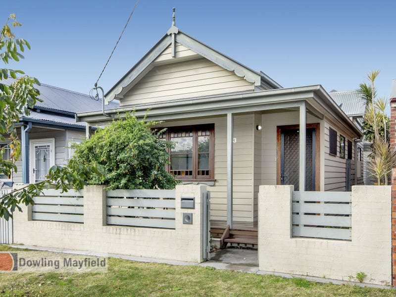 33 Holt Street, Mayfield East, NSW 2304