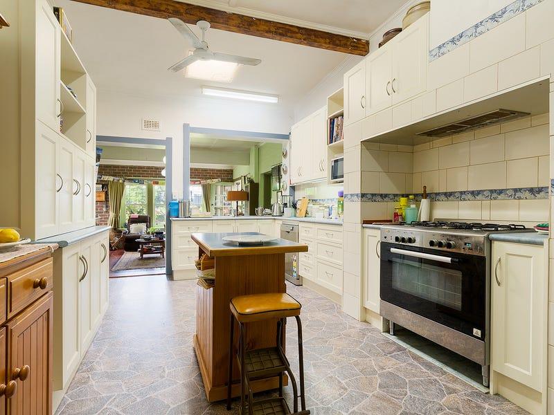 9 Lyttleton Street, Castlemaine, Vic 3450