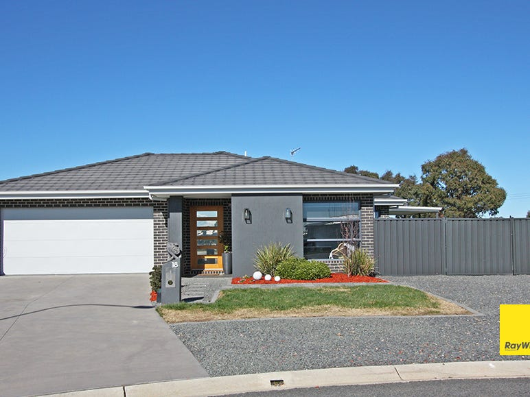 18 Murray Grey Place, Bungendore, NSW 2621