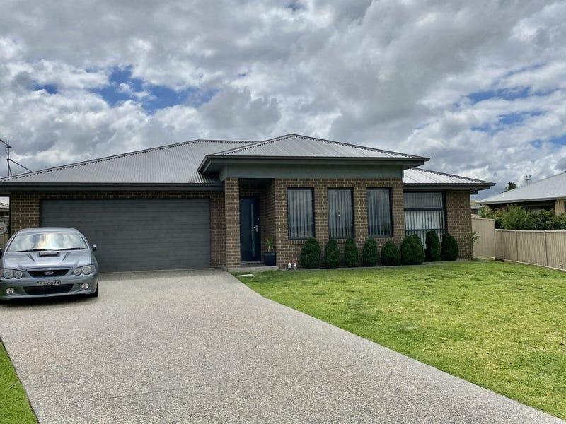8 Lucas Close, Goulburn, NSW 2580