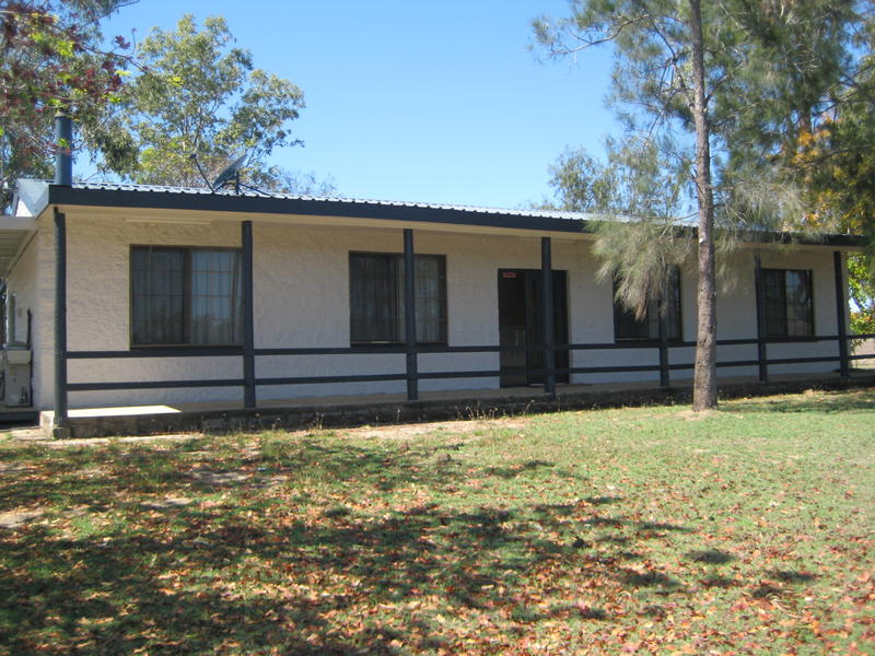 318 Airstrip Road, Nebo, Qld 4742