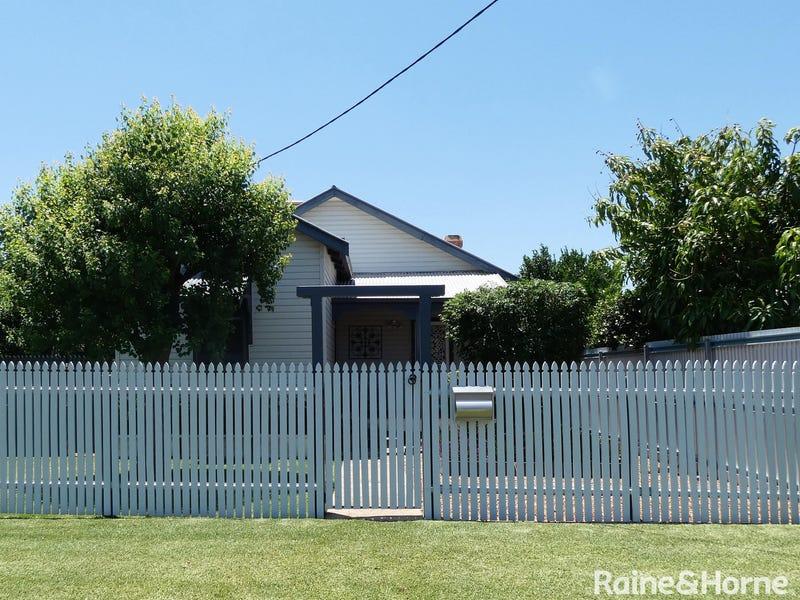 18 Dover Street, Moree, NSW 2400