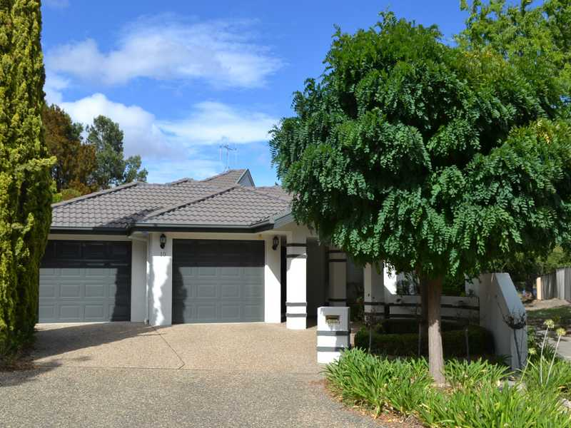 10 Waterview Gardens, Jerrabomberra, NSW 2619
