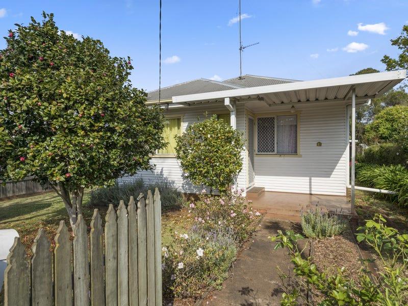 139 Stuart Street, North Toowoomba, Qld 4350