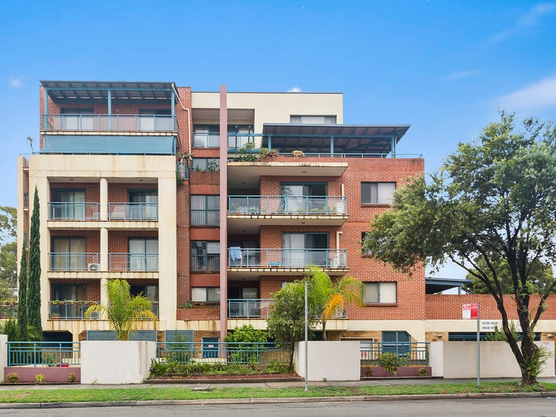 11/8-10 Bigge Street, Liverpool, NSW 2170